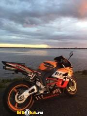 Honda CBR1000RR мотоцикл