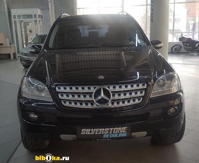 Mercedes-Benz M - Class W164 ML 350 7G-Tronic (272 л.с.)