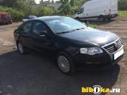 Volkswagen Passat ------