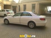 Mercedes-Benz E - Class E200