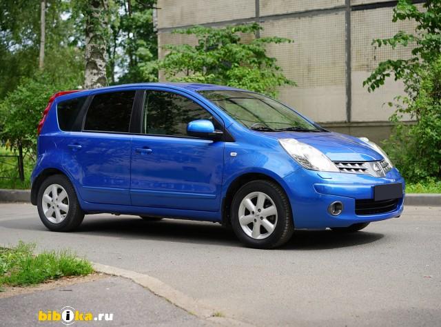 Nissan Note E11 1.6 AT (110 л.с.)