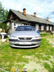 Opel Vectra B 1.8 MT (116 л.с.)