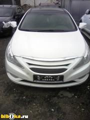 Hyundai Sonata YF 2.4 AT (178 л.с.)