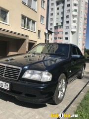 Mercedes-Benz C - Class 200 бензин