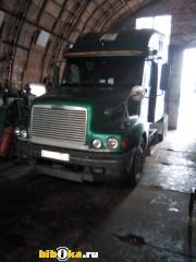 Freightliner FLC 120 тягач