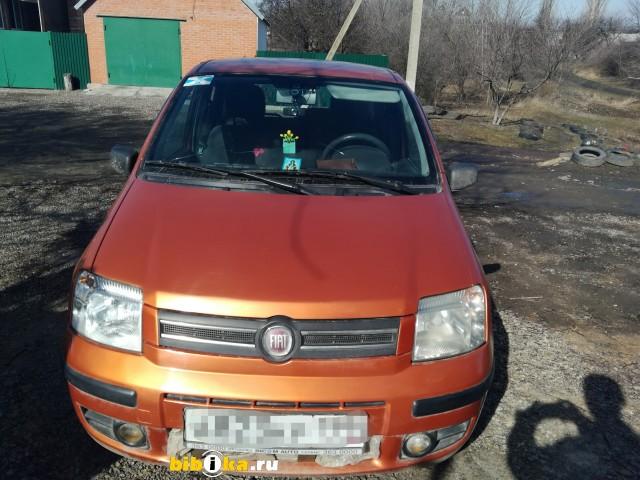 Fiat Panda 2 поколение 1.2 AMT (60 л.с.)