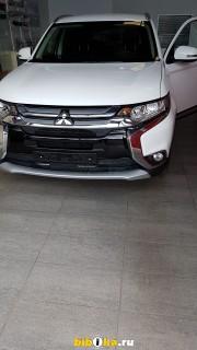 Mitsubishi Outlander Рестайлинг II 2.0 CVT 2WD Invite