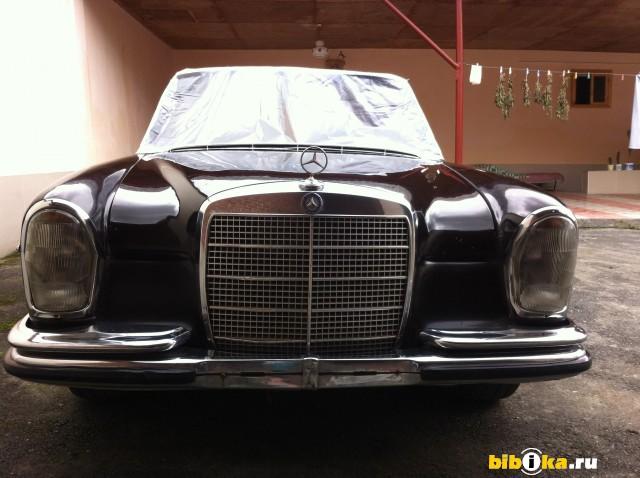 Mercedes-Benz S - Class
