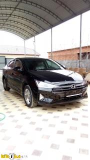 Hyundai Elantra  Актив