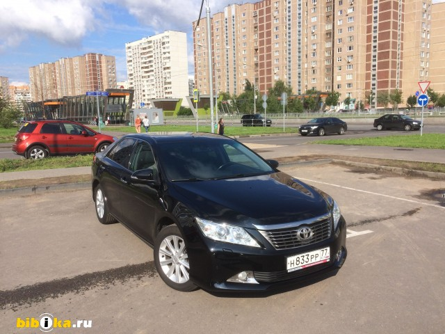 Toyota Camry XV50 2.5 AT (181 л.с.)