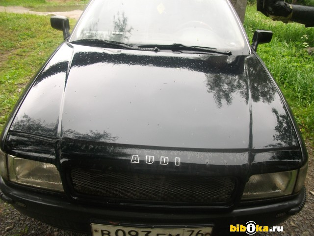 Audi 80 1.8 90 л.с base