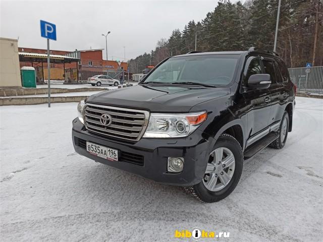 Toyota Land Cruiser 200 4500
