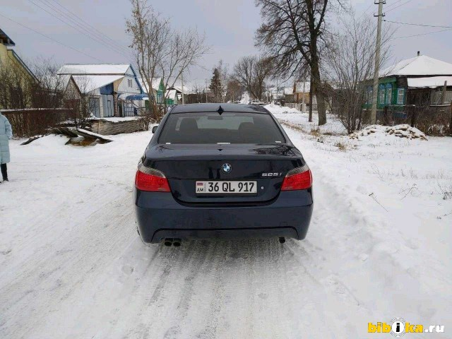 BMW 5 series E60/E61 525i AT (218 л.с.)