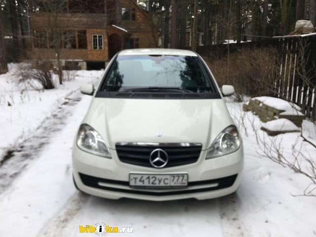 Mercedes-Benz A - Class 180