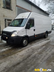 Iveco Daily грузовой фургон