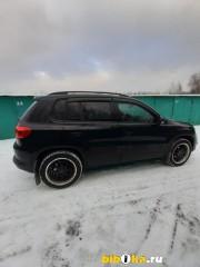 Volkswagen Tiguan XW8ZZZ5NZEG101253